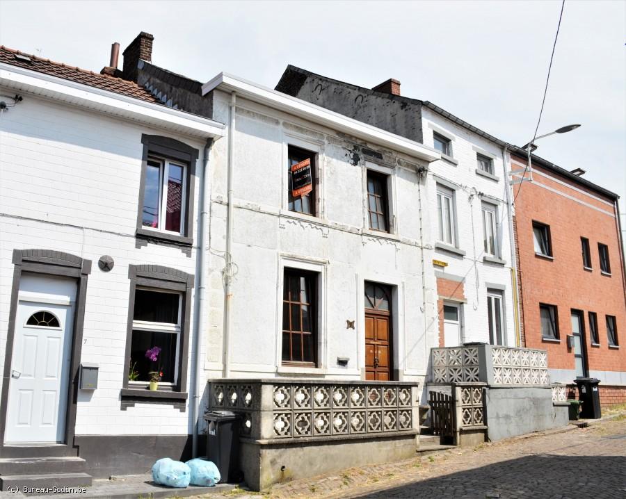 Bureau godin maison au calme chambres et garage à courcelles