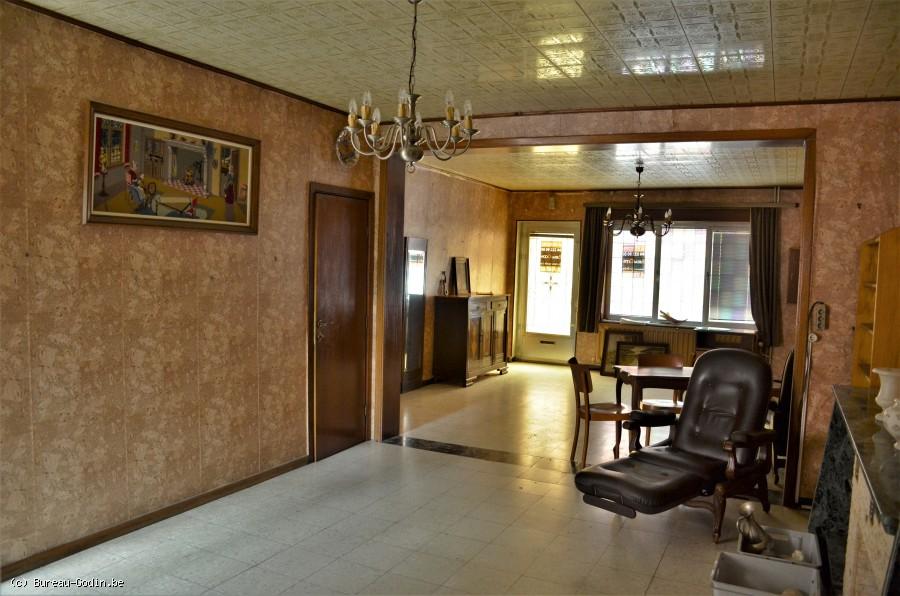 bureau godin maison 3 chambres rafra chir avec jardin charleroi. Black Bedroom Furniture Sets. Home Design Ideas