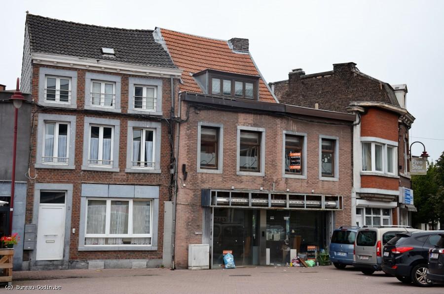 Bureau godin maison de commerce de m² au sol à rénover grande