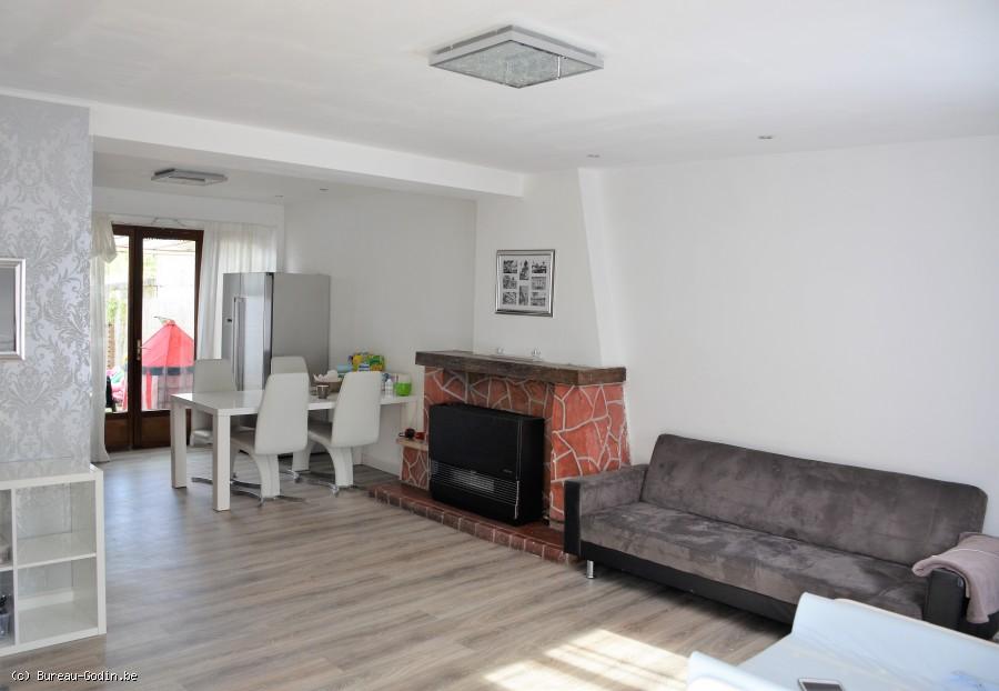 bureau godin maison 2 3 chambres avec jardin en cours de travaux li ge. Black Bedroom Furniture Sets. Home Design Ideas